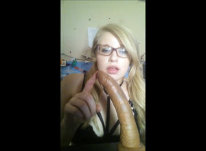 Teensy blond  bangs herself